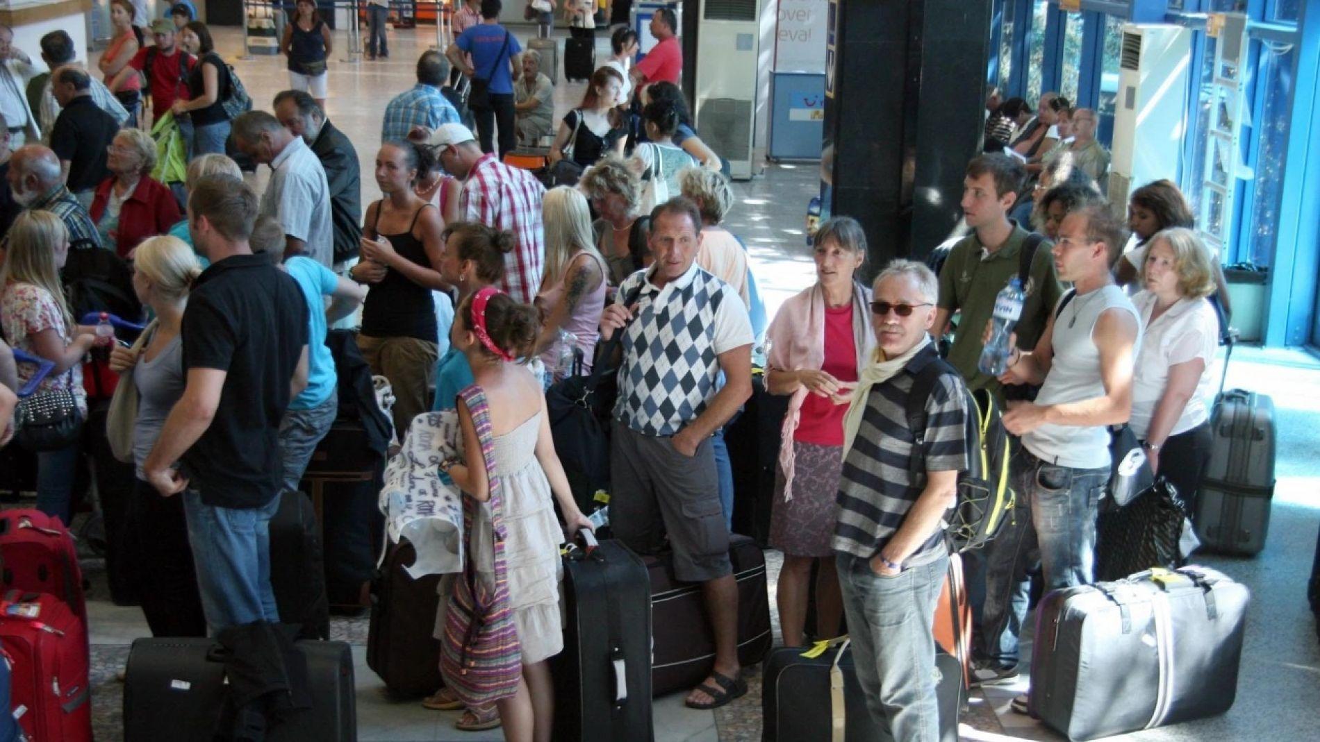 В очакване на решение за туристите от Русия