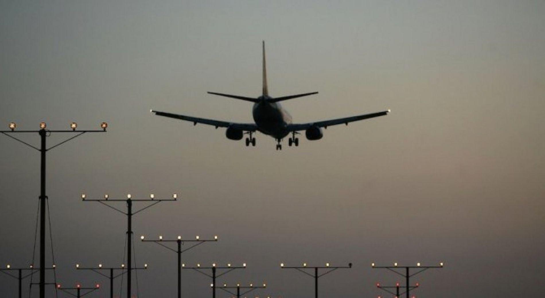 Проверки на  въздушни превозвачи от и за България причинени от закъснения на полети