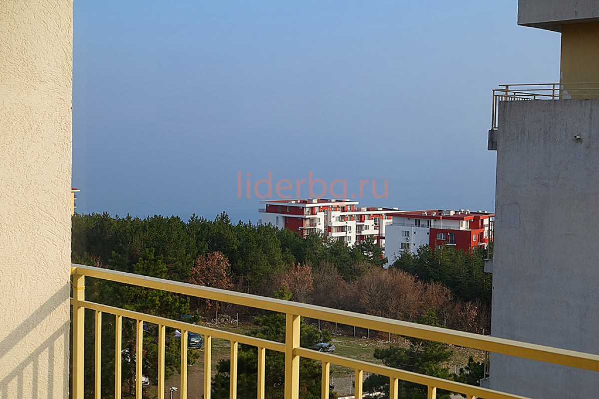 Студио в Свети Влас с гледка към морето