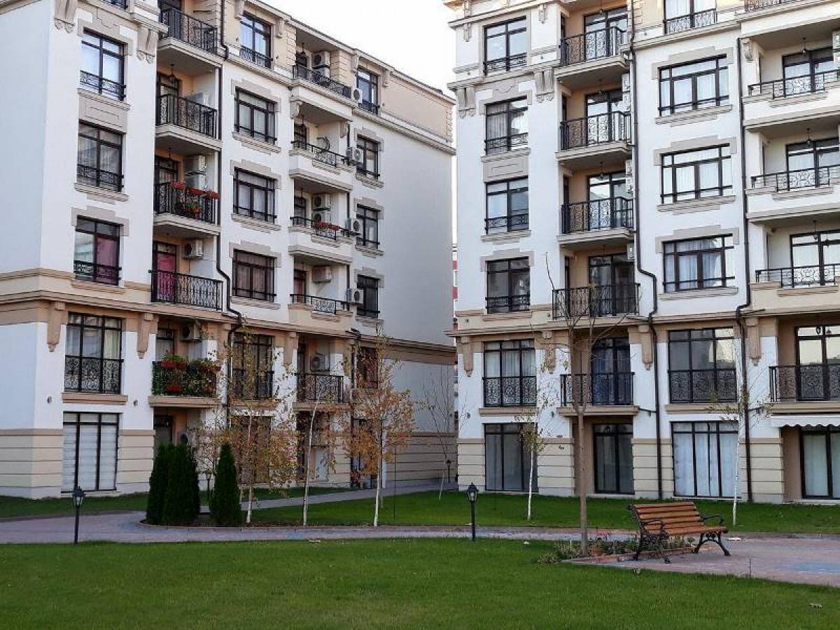 Апартаменти в България в Поморие в комплекс Айвазовски парк